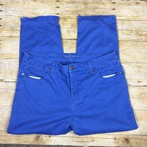 Chicos blue The So Lifting Crop pants. Size 2/ 12L